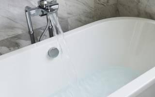 Как заделать скол на эмалированной ванне?