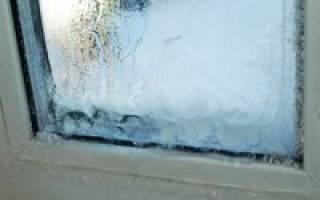 Промерзает пластиковое окно как исправить?