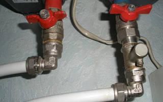Почему капает вода из предохранительного клапана водонагревателя?