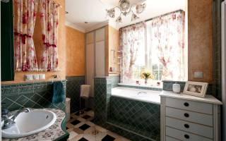 Как оформить окно в ванной комнате?