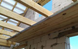 Как сделать черновой потолок в частном доме?