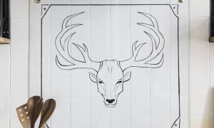 Как покрасить кафельную плитку на кухне?