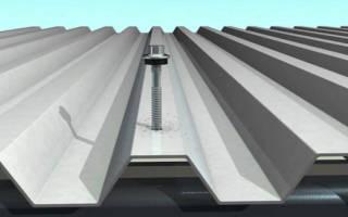 Как правильно крепить профнастил на крышу саморезами?