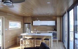 Какой потолок лучше сделать в частном доме?