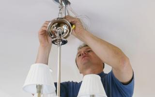 Как закрепить светильник на гипсокартоне?