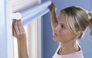 Как крепятся рулонные шторы на пластиковые окна?