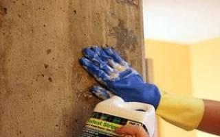 Как покрасить бетонную стену в квартире?