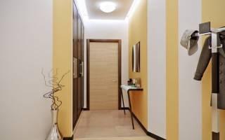 Как класть ламинат в узком коридоре?
