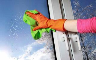 Как правильно мыть пластиковые окна без разводов?