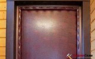 Как утеплить входную дверь в квартире?