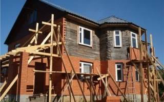 Как утеплить деревянный дом обложенный кирпичом снаружи?