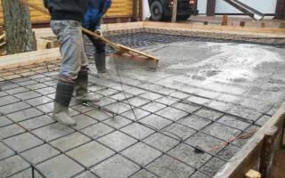 Как залить плиту под фундамент?
