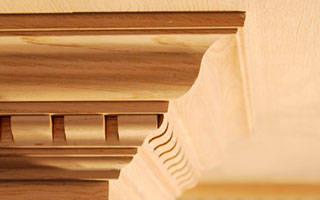 Какие бывают потолочные плинтуса?