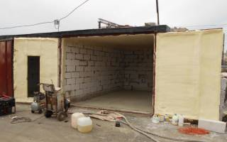 Как утеплить кирпичный гараж изнутри своими руками?