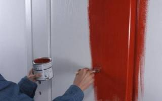 Как покрасить старые двери межкомнатные?