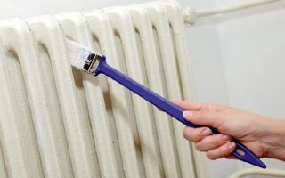 Можно ли красить батареи водоэмульсионной краской?