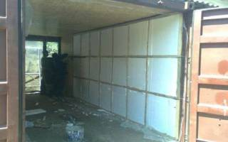 Как утеплить металлический гараж изнутри?