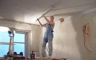 Как штукатурить потолок под покраску?