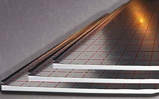 Можно ли утеплить потолок фольгоизолоном?